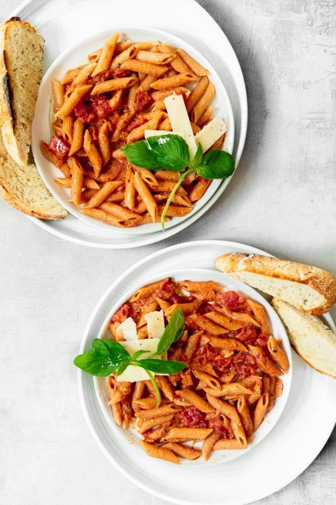 2 bowls of pasta