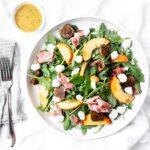 peach prosciutto salad
