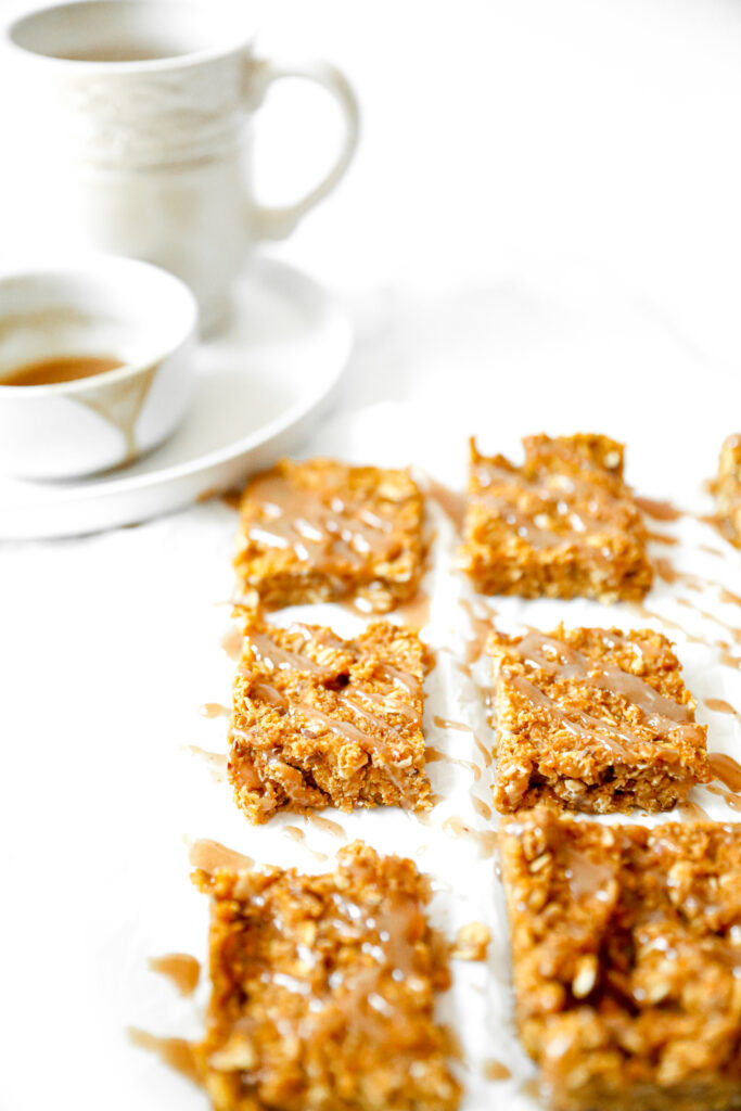 close up of maple pumpkin bars