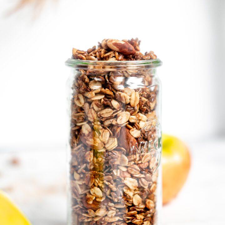 Weck jar filled with apple pie granola
